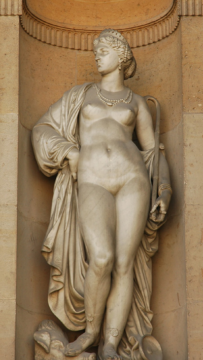 Louvre_Cour_Carree_Gumery_Circe.jpg